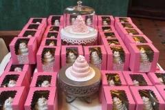 boxed_mini_wedding_cakes