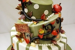 NOV-TG-Autumn-Wed-cake