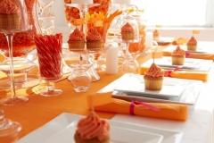 MIS-31-Orange cupcake table setting