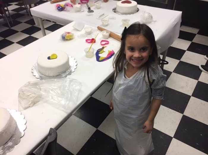 Cake Decorating Course Leamington Spa : Long Island Cake Decorating, Specialty Cakes & Chocolate ...